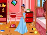Тиана убирает комнату