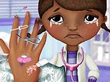 Доктор Плюшева: лечить руку 2
