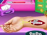 Лечение руки маленькой Эльзы