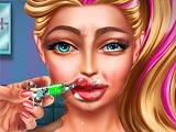 Увеличить губы Супер Барби