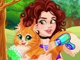 Оливия принимает кота